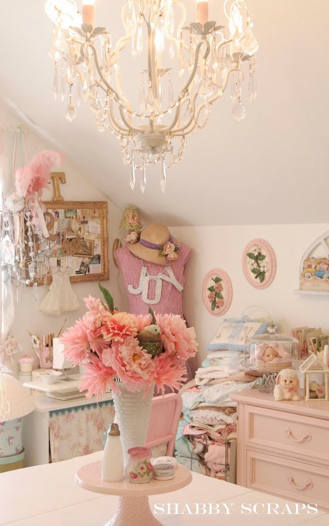 Shabby scraps shabby chic interiors for Shabby chic craft room