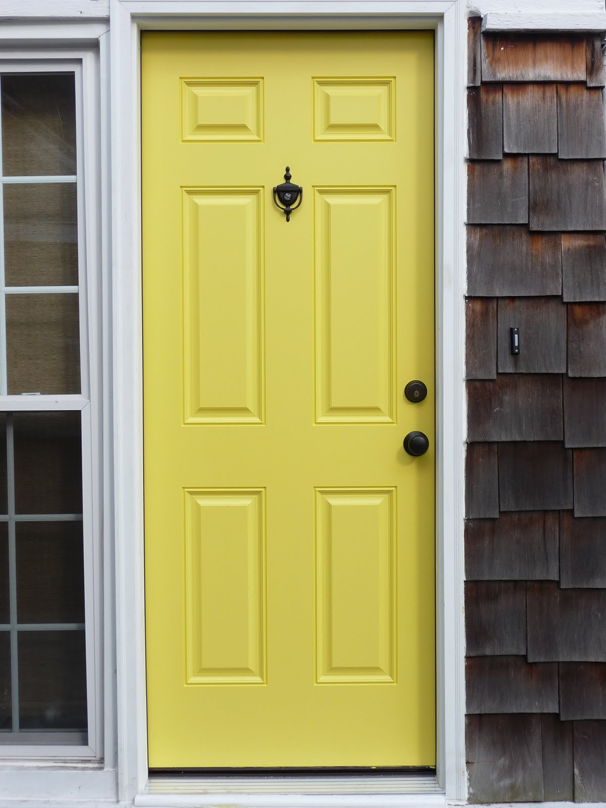 Ever growing room colors and a yellow door Gray front door meaning