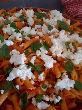 Ricotta, tomato and basil pasta