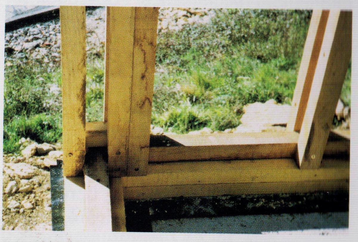maison rod vinie structure de l 39 ossature avec potelets. Black Bedroom Furniture Sets. Home Design Ideas