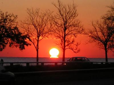 111006_sunrise.jpg