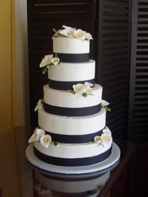black ribbon chocholate wedding cakes