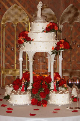 wedding cake with rose