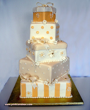 variation wedding cake box