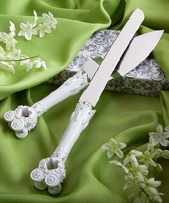 knife wedding cake