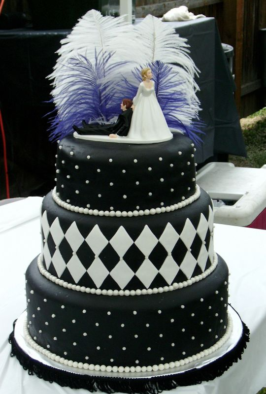 Black Wedding Cakes Design