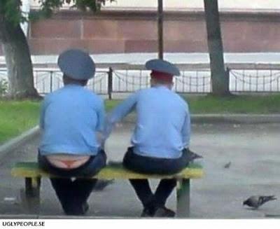 kabar-aneh.blogspot.com - Foto-Foto Lucu Para Polisi Dari Berbagai Negara