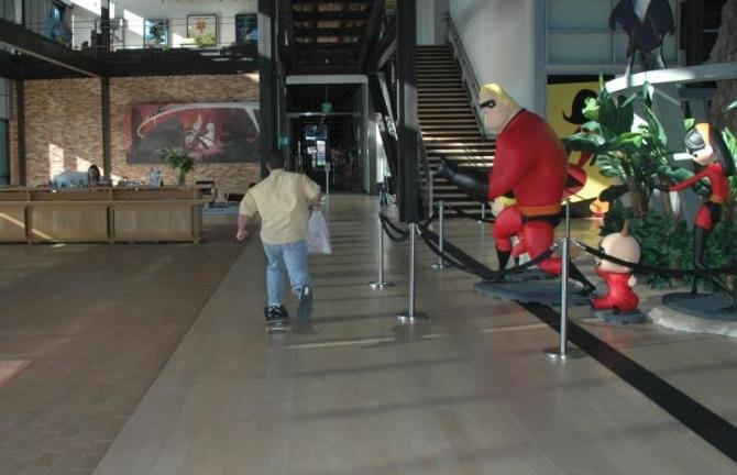 pixar studio tour