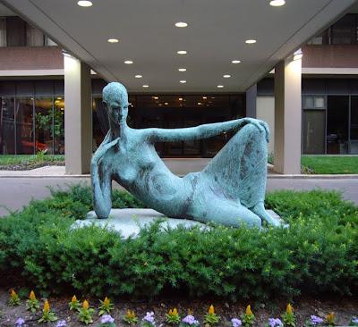 Vajarstvo-skulpture - Page 3 Rosamund