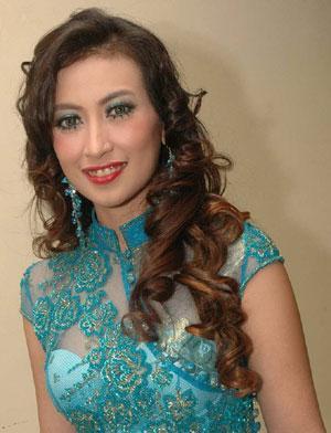 ... Kebaya Seksi Download Gambar Foto Zonatrick | Foto Artis - Candydoll