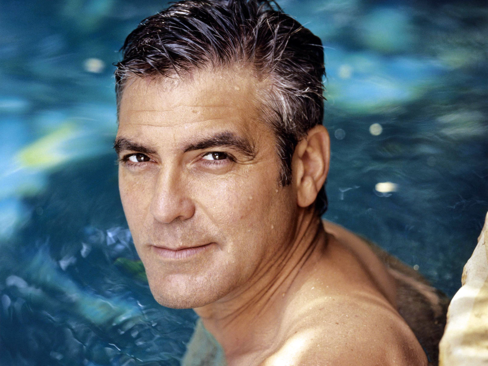George Clooney - Wallpaper Gallery
