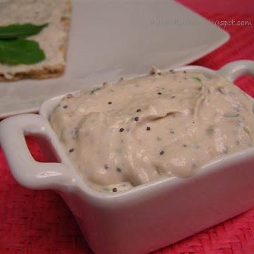 Pasta do chleba z makrelą, serem feta i serem białym - Czytaj więcej »