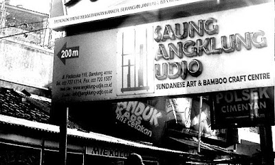  Saung Angklung Udjo Signboard 