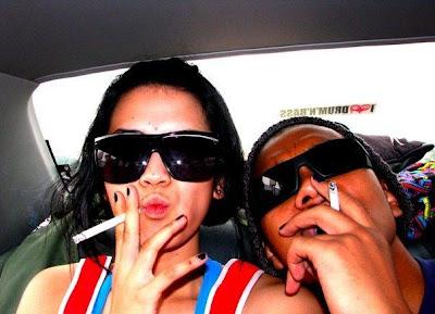 smoking dinda kania