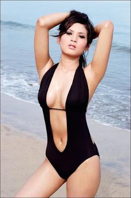 Novie Amalia sexy
