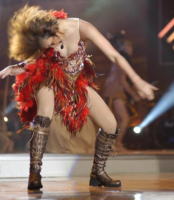 Agnes Monica joged