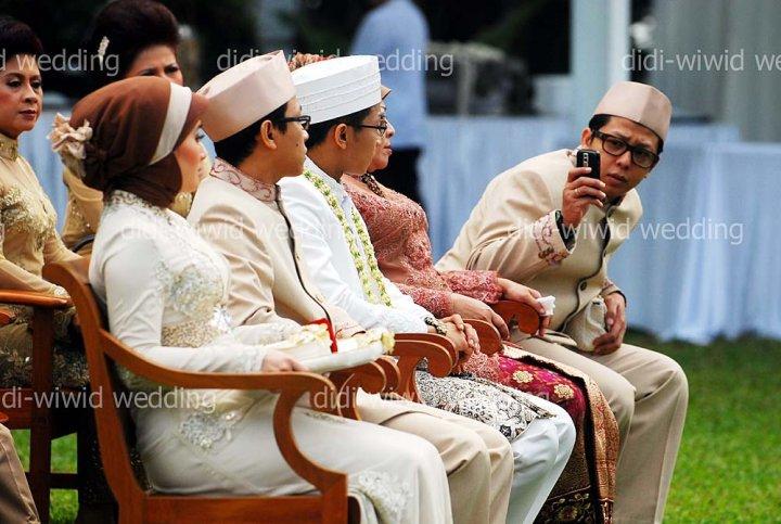 Image Result For Wiwid Gunawan Dan Suamiku