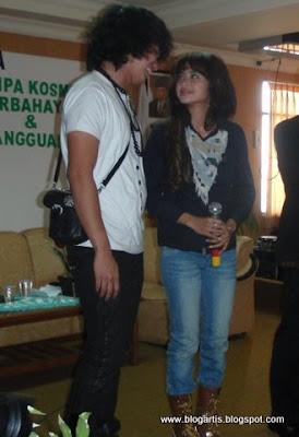 Foto Artis Indonesia Dewi Persik & Aldi Taher Get Married? [Nikah Siri?]