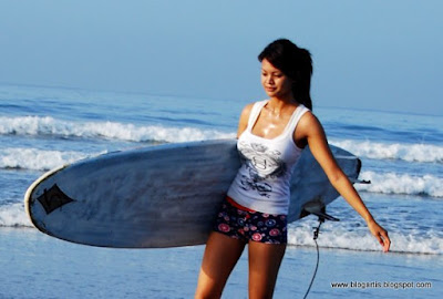 foto artis Indonesia Farah Quinn