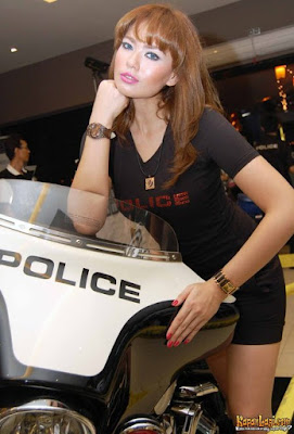 Foto Artis Indonesia - Catherine Wilson is now a POLICE watches' ambassador