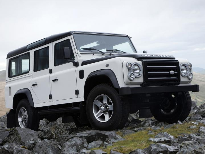 Land Rover Defender 130 Station Wagon. land rover l truckhi dear land