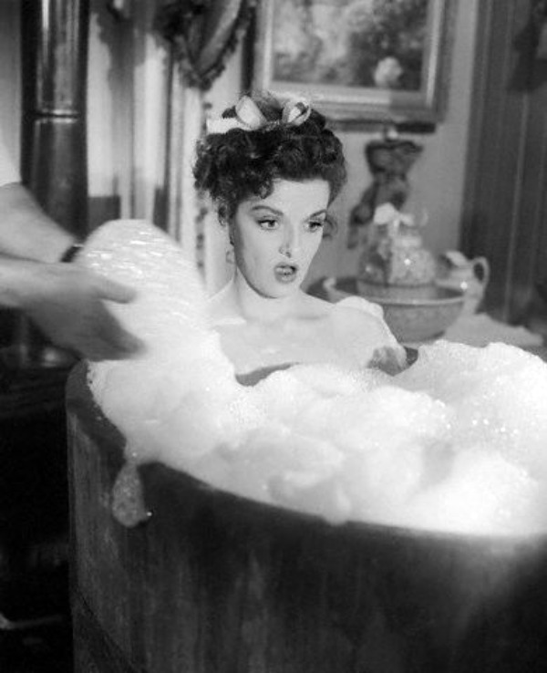 Jane Russell - Photo Colection