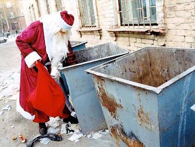 http://3.bp.blogspot.com/_hJREGwPF6vQ/SU-IPNFFA5I/AAAAAAAACmU/y3O5XChocaQ/s400/HomelessSanta.jpg