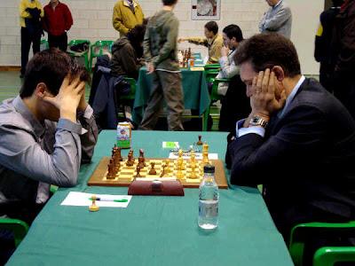 La rencontre entre Illescas avec les blancs et Romain, décisive pour l'obtention du titre de GMI à Saragosse en 2008