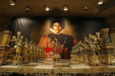 Michael Jackson et ses jeux d'échecs en marbre