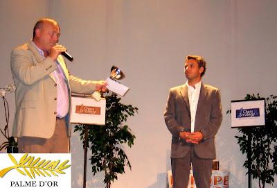 Cyrille Vaugeois félicitant l'organisateur Olivier Delabarre © site officiel