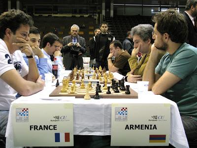 Etienne Bacrot bat Levon Aronian
