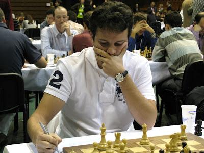 Etienne Bacrot vainqueur de Levon Aronian, ronde 5