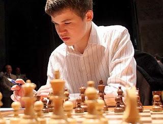 Echecs en Roumanie : Carlsen fait le break