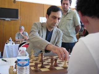 Echecs à Dieppe : le MI Kamran Shirazi  © Chess & Strategy