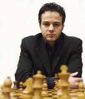 Etienne Bacrot au Marathon des échecs rapides à Rabat