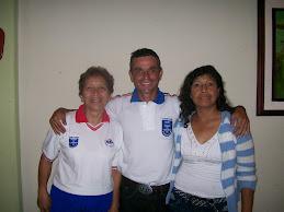 ELVIA, HUMBERTO Y LISA