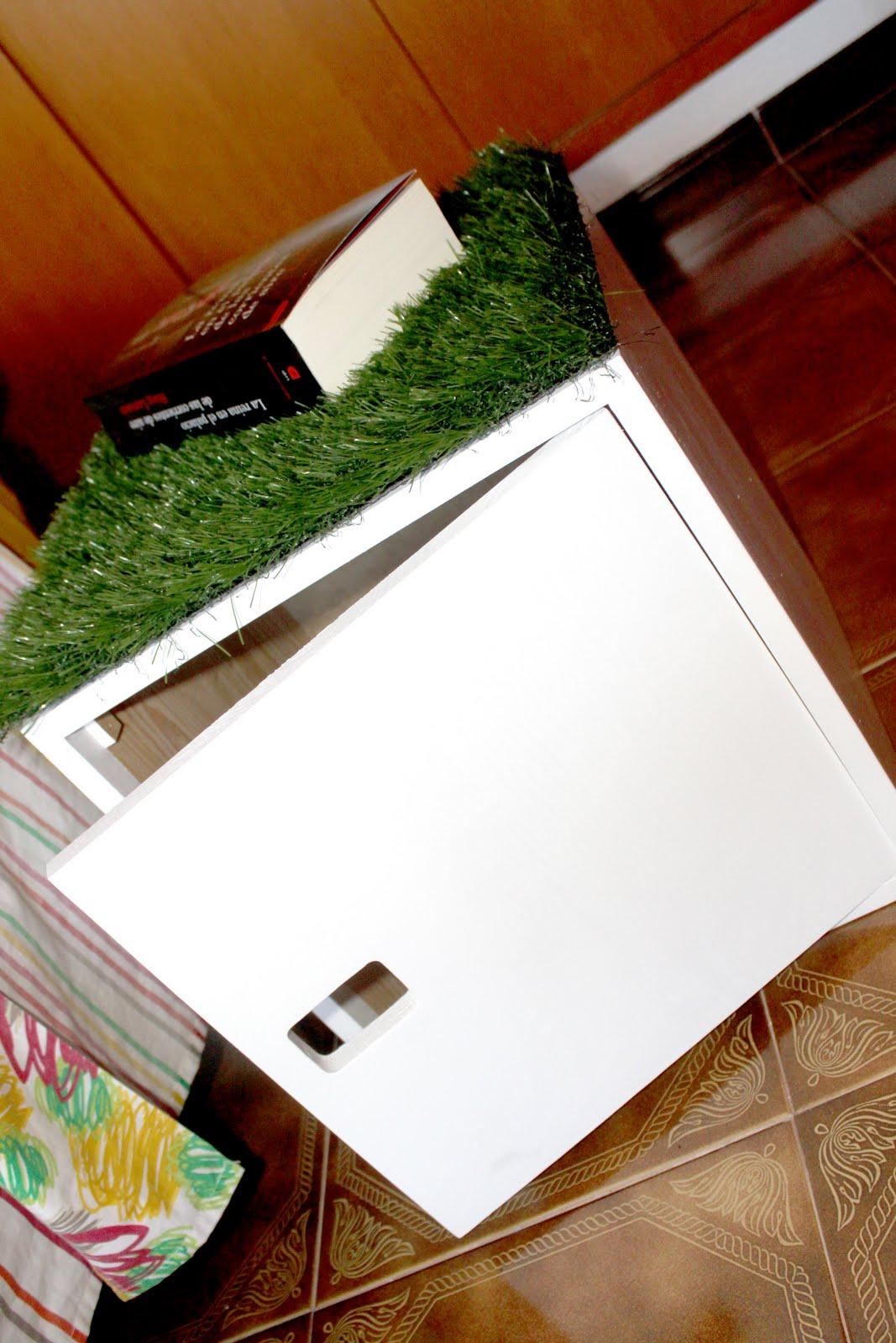 Gemdesign dise o mesa auxiliar golf table for Mesa diseno grafico