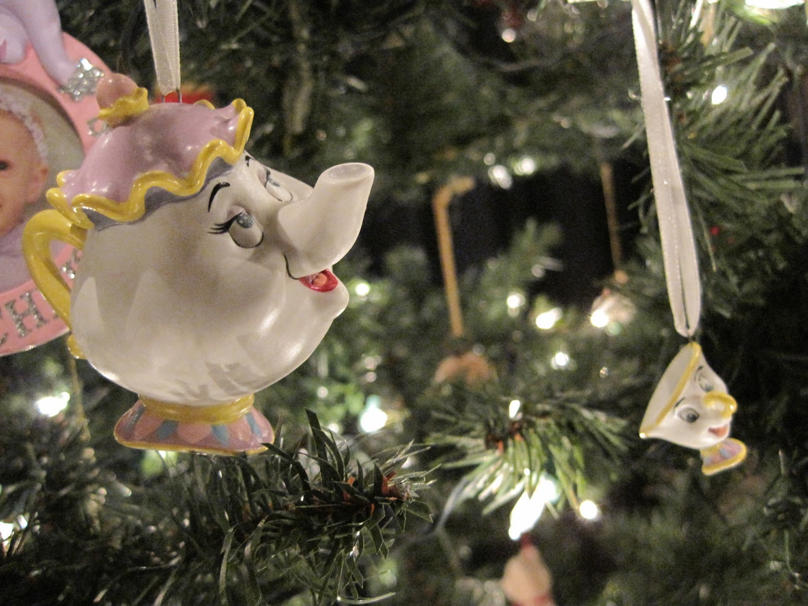 Mrs potts chip christmas decoration - These Are My Mrs Potts And Chip Ornaments From Hallmark I Got Them For Christmas A Few Years Ago From My Mom And Dad They Look Really Cute On The Tree