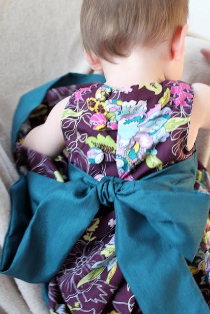 Шьем платье для девочки мастер класс с фото #15