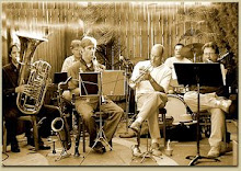 THE DIXIEDELICS DIXIELAND BAND