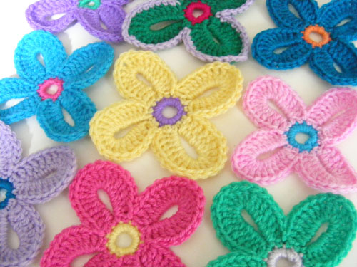 THE FLOWER BED Crochet Pinterest Flower Beds, Beds ...