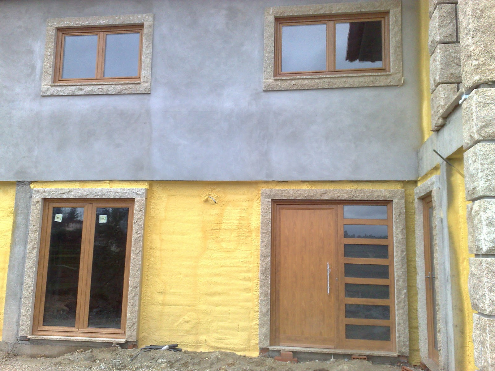 #A48827 Portas e janelas em aluminio lacado madeira 530 Janelas Em Aluminio E Madeira