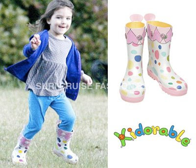 """ "" ������� ...! suri-kidorable-dot-rainboots.jpg"