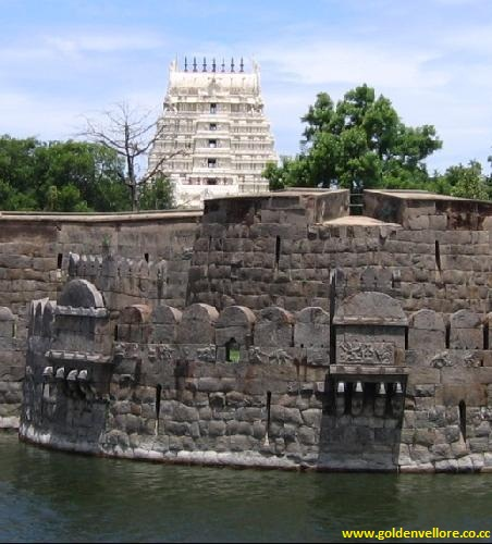 vellore golden temple images. golden temple vellore