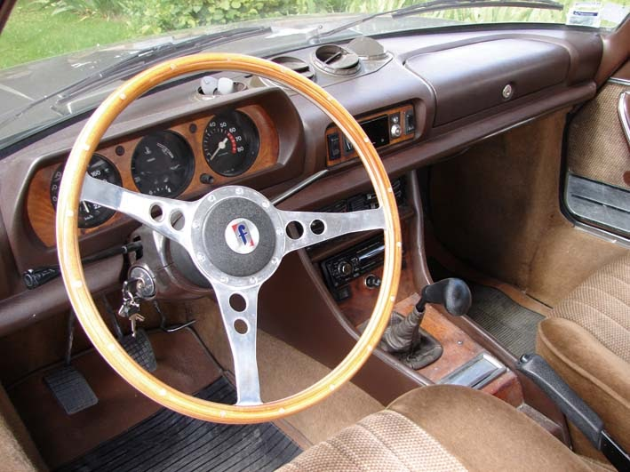 Automotocollection peugeot 504 ti coup 1978 for Interieur 83