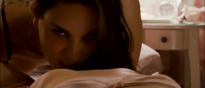 Natalie portman sex scene in black swan