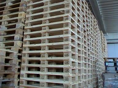 Imballaggio bancali usati milano for Ritiro arredamento usato milano