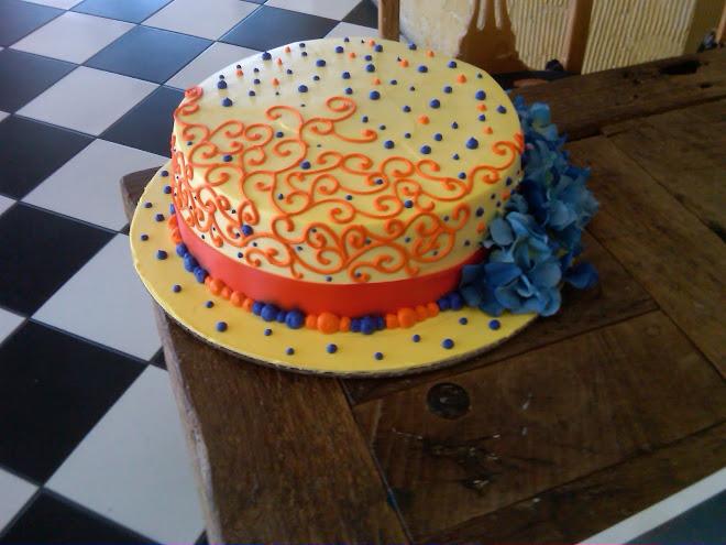 Elegant_Hat_Cake_Society693