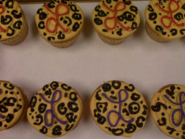 She_She_Cupcakes295