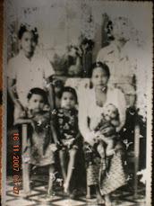 Ayah, Tante dan Eyang